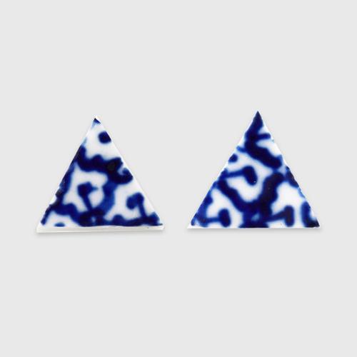 INTHAI陶瓷三角耳环
