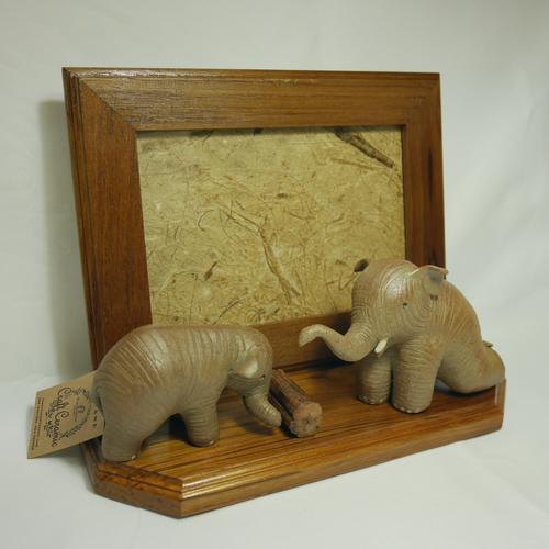 EKAWAT  INDRACHAI双象陶瓷柚木创意摆件相框 OTOP