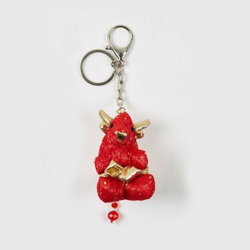 KACHA鲜红泰国刺绣布艺红牛钥匙扣